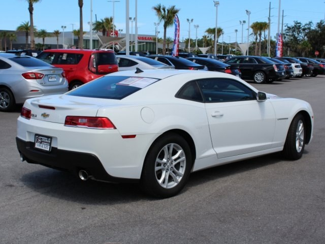 Pre-Owned 2015 Chevrolet Camaro 2LS