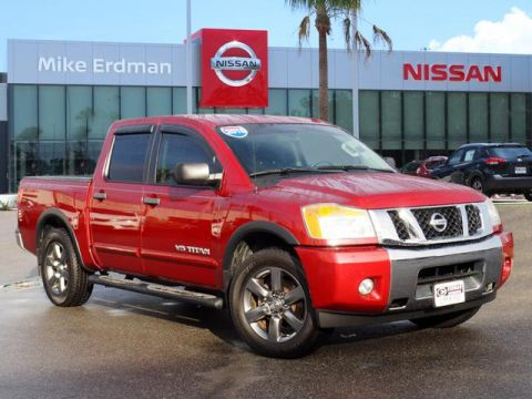 Pre-Owned 2015 Nissan Titan SV